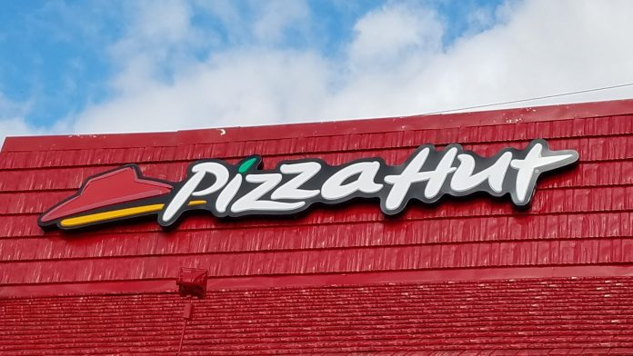 Pizza Hut - Mankato, MN