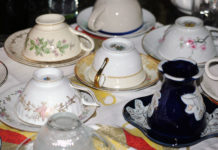 Photo by Don Lipps - Assorted tea cups at Curiosi-Tea House, North Mankato